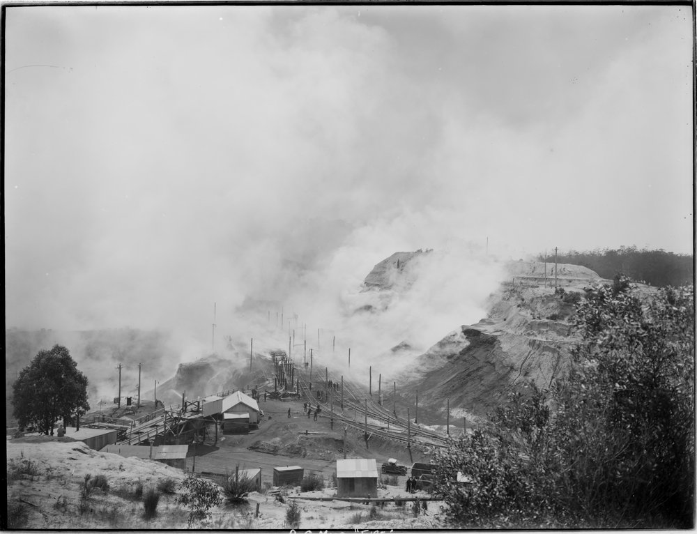 Old Brown Coal Mine fire 1929 (SLV)