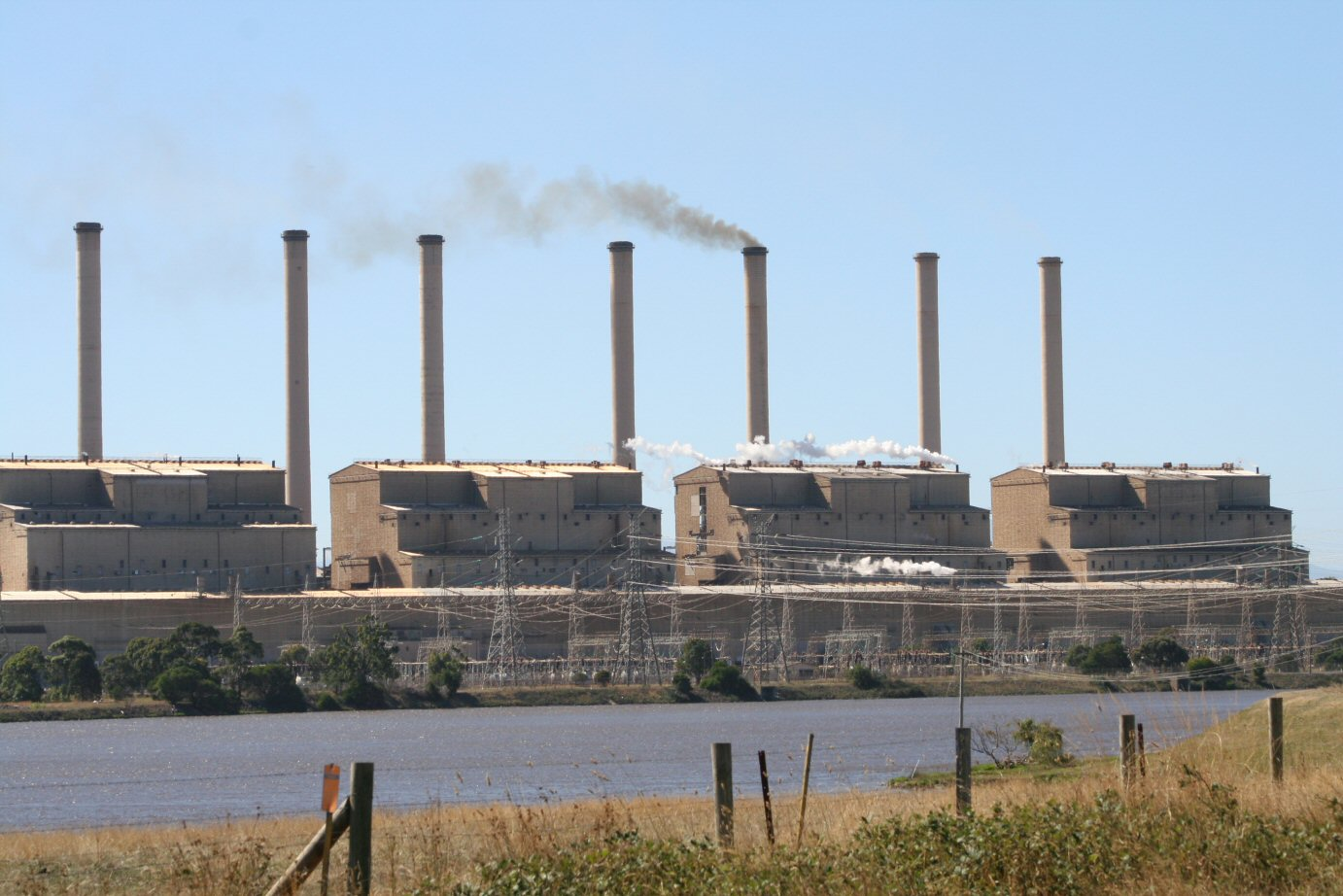Hazelwood_Power_Station_ESP